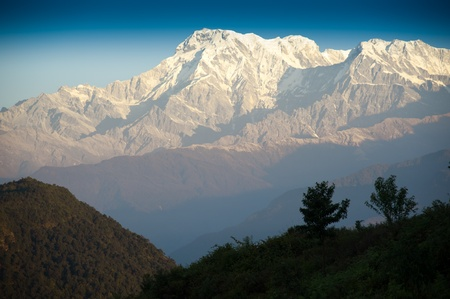 Beautiful morning view and sunrise time of the Himalayan mountains when see from Sarangkot, Pokhara, Nepal Standard-Bild
