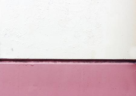textura: mattonelle della parete con una cucitura orizzontale, verniciato di colore bianco e rosa