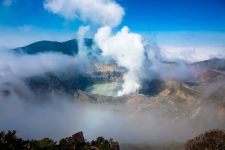 Active Volcano in Costa Rica, Poas, clear day to see the crater Stok Fotoğraf