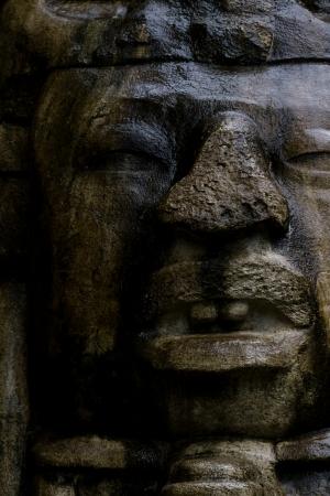 가까운 Lamanai 벨리즈의 마스크 사원에 큰 바위 얼굴의 최대 스톡 콘텐츠