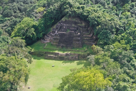 atone: aerial view of the Temple in Lamanai maya ruins in the tropical jungle of Belize