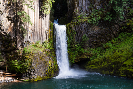 columnar: 113 foot main falls, with 28 foot upper tier carved out of lava rock, leaving behind exposed columnar basalts makes Toketee falls one of the most famous waterfalls in Oregon