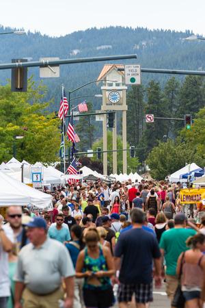 concession: Coeur d Alene, Idaho - August 01 : Crowds of people enjoying the Coeur d Alene street fair, August 01 2015 in Coeur d Alene, Idaho Editorial