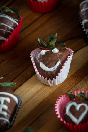 chocolate covered strawberries: delicious chocolate covered strawberries made at home using organic ingredients Stock Photo