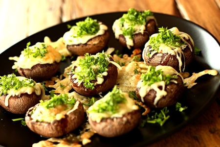 gratinate mushrooms with cheese