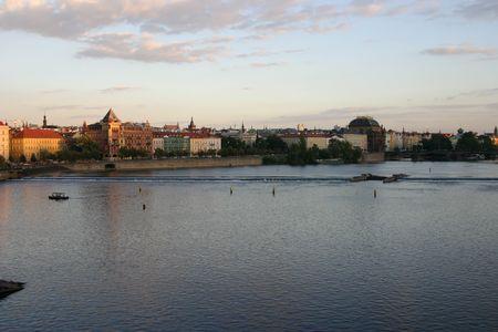 prague river photo