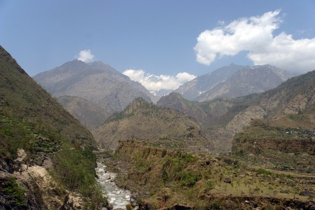 miser: river in the himalaya mountains