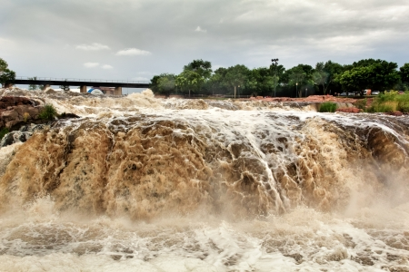 Raging Water of the Big Sioux River at Falls Park Stock Photo - 16256744