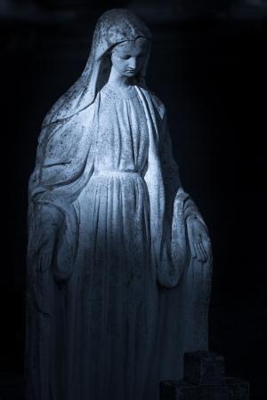 Blessed Virgin Mary Offers Comfort Under Evening Light Banco de Imagens