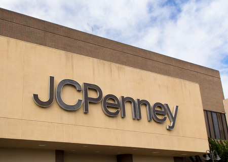 plano: SALINAS, CAUSA - FEBRUARY 8, 2014: JC Penny store in Salinas California. J. C. Penney Company Inc. is a chain of American mid-range department stores based in Plano, Texas.