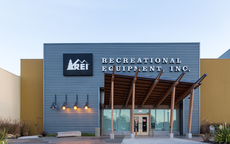 rei: MARINA, CAUSA - DECEMBER 30, 2013: REI store in Marina, California.  Recreational Equipment Inc. is a retail corporation organized as a consumers cooperative, selling outdoor recreation gear, sporting goods, and clothing.