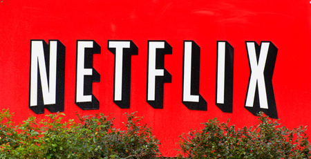 SANTA CLARA, CA  USA - 1 maart 2014: Netflix Facility in Silicon Valley. Netflix, Inc is een Amerikaanse leverancier van on-demand internet video streaming.