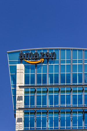 amazon com: SANTA CLARA,CAUSA - MAY 11, 2014: Amazon building in Santa Clara, California.  Amazon is an American international electronic commerce company. It is the worlds largest online retailer.