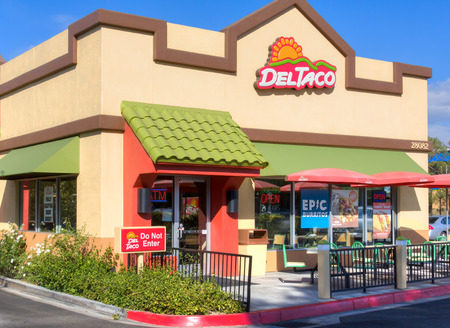 SANTA CLARITA, CAUSA - AUGUST 20, 2014: Del Taco restaurant exterior. Del Taco is an American fast-food restaurant chain which specializes in American-style Mexican cuisine.