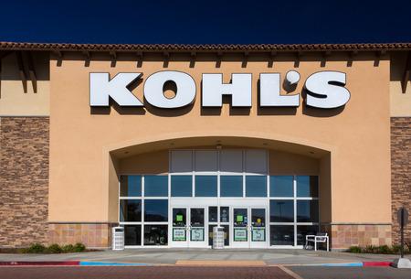 retail chain: SANTA CLARITA, CAUSA - OCTOBER 1, 2014: Kohls department store exterior. Kohls Corporation is an American department store retail chain.