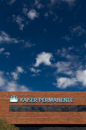 PASADENA, CAUSA - OCTOBER 25, 2014:  Kaiser Permanente medical care facility. Kaiser Permanente is an integrated managed care consortium, based in Oakland, California.