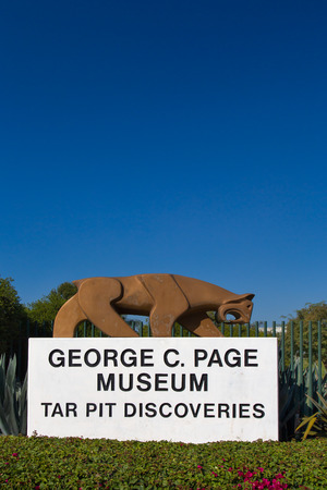 LOS ANGELES, CAUSA - NOVEMBER 29, 2014: George C. Page Museum at Le Brea Tar Pits. La Brea Tar Pits and Hancock Park are in urban Los Angeles in the Miracle Mile district. Editorial