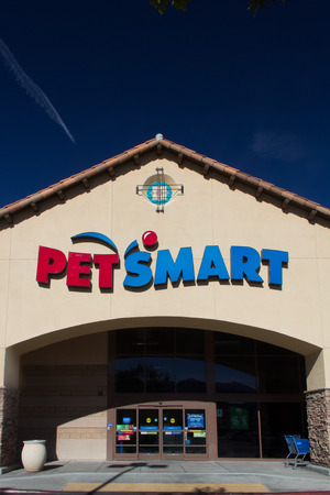 SANTA CLARITA, CAUSA - NOVEMBER 22, 2014  Exterior view PetSmart store. PetSmart, Inc. is a retail specialty chain of pet supplies and services.