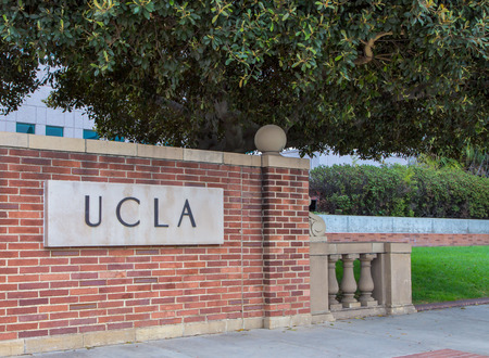 LOS ANGELES, CA/USA - MAY 25, 2015: Entrance sign to UCLA campus. UCLA is a public research university located in the Westwood neighborhood of Los Angeles, California, United States. 報道画像