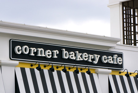 northridge: NORTHRIDGE, CAUSA - MAY 18, 2015: Corner Bakery Cafe exterior. Corner Bakery Cafe is a U.S. chain of fast causal cafes.