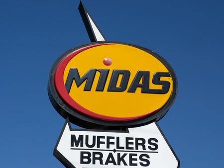 headquartered: PASADENA, CAUSA - JUNE 21, 2015: Midas Automotive Service facility.  Midas, Inc. is a chain of automotive service centers headquartered in Itasca, Illinois.