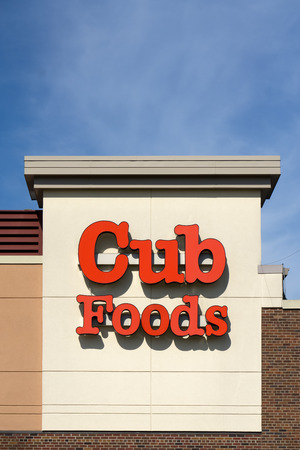BLOOMINGTON, MN/USA - AUGUST 5, 2015: Cub Foods retail store exterior. Cub Foods is a supermarket chain with seventy-three stores in Minnesota and Illinois.