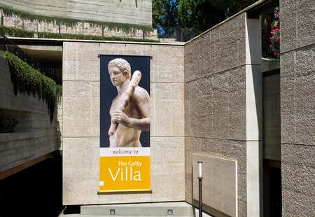 villa: PACIFIC PALISADES, CAUSA - AUGUST 23, 2015: The Getty Villa entrance. The Getty Villa is one of two locations of the J. Paul Getty Museum.