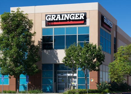 burbank: BURBANK, CAUSA - SEPTEMBER 19, 2015: Grainger warehouse facility. W. W. Grainger, Inc. is a Fortune 500 industrial supply company. Editorial