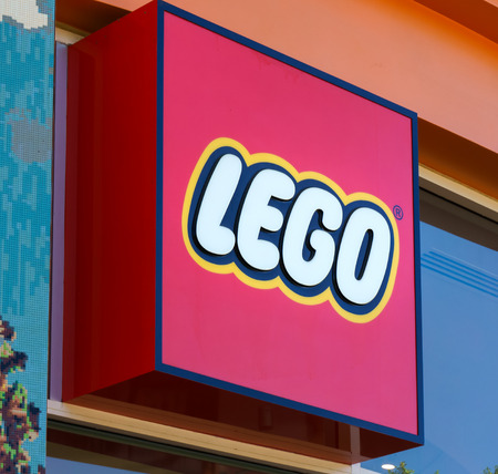 disney: ANAHEIM, CAUSA - OCTOBER 10, 2015: Legloland store exterior at Downtown Disney. The Lego Group manufactuers of Lego brand toys.