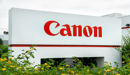 COSTA MESA, CAUSA - OCTOBER 16, 2015: Canon Regional Headquarters and Sign