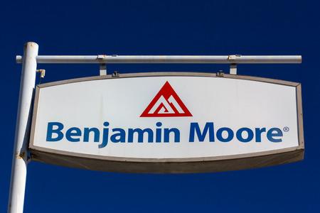 benjamin: MONROVIA, CAUSA - NOVEMBER 22, 2015: Benjamin Moore paint store logo and sign. Benjamin Moore & Co. is an American company that produces paint.