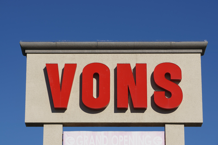WEST HILLS, CA/USA - DECEMBER 31, 2015: Vons Grocery store sign. Vons is a supermarket chain and a division of Safeway, Inc.