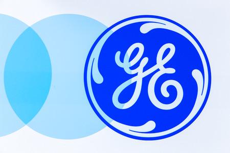 energia electrica: Simi Valley, CA  EE.UU. - 23 DE ENERO DE, 2016: logotipo de General Electric. General Electric es una corporación conglomerado multinacional americana.