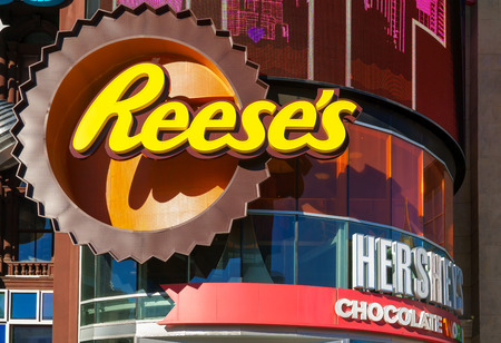 hersheys: LAS VEGAS, NVUSA - FEBRUARY 14, 2016: Hersheys Chocolate World at New York-New York hotel and casino.  Hersheys Chocolate World is a candy and gift shop.