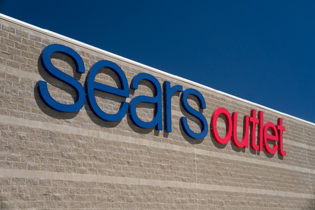 sears: PALMDALE, CAUSA - APRIL 23, 2016: Sears Outlet exterior sign. Sears is an American department store chain and fourth largest U.S. department store company by retail sales.
