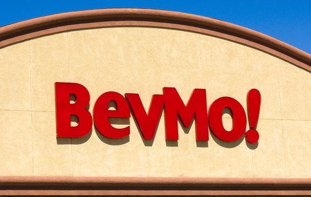superstore: PALMDALE, CAUSA - APRIL 23, 2016: BevMo retail store and sign. BevMo is a superstore retailer of alcoholic beverages.