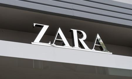 SANTA MONICA, CAUSA - MAY 12, 2016: Zara retail exterior and logo. Zara is a Spanish clothing and accessories retailer based in Arteixo, Galicia.