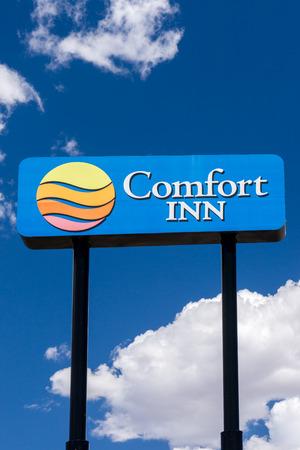 inn: GREEN RIVER, UTUSA - AUGUST 13, 2016: Comfort Inn sign and logo. Comfort Inn is part of Choice Hotels International, Inc., an American hospitality holding corporation.