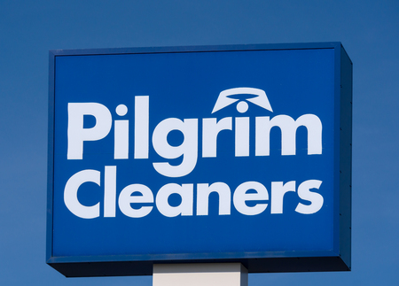 MINNEAPOLIS, MNUSA - MARCH 4, 2017: Pilgrim Cleaners retail exterior sign and logo. Pilgrim Cleaners is and American dry cleaning & laundry services company. Sajtókép