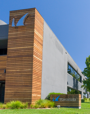 silicio: LOS GATOS, CAUSA - JULY 29, 2017: Barracuda Networks headquarters and logo. Barracuda Networks, Inc. is a company providing security, networking and storage products. Editorial