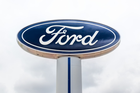 INVER GROVE HEIGHTS, MN/USA - JUNE 17, 2018: Ford autombile dealership exterior and trademark logo.