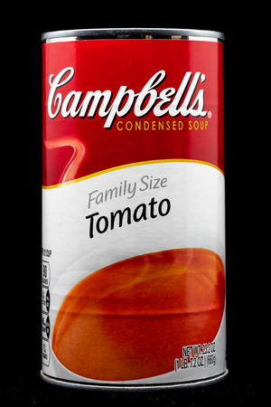 ST. PAUL, MN/USA - MARCH 4, 2019: Campbell's Tomato Soup and trademark logo. Campbell's is an American producer of canned soups and related products. 에디토리얼