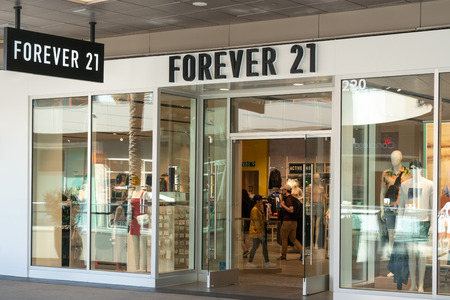 SANTA MONICA, CA/USA - APRIL 18, 2019: Forever 21 retail store exterior and trademark logo.