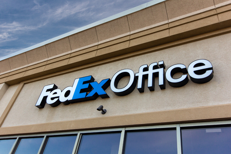 HUDSON, WI/USA - MAY 4, 2019: FedEx Office exterior and trademark logo.