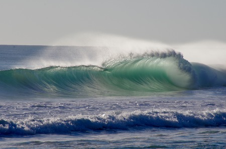 swell: breaking swell