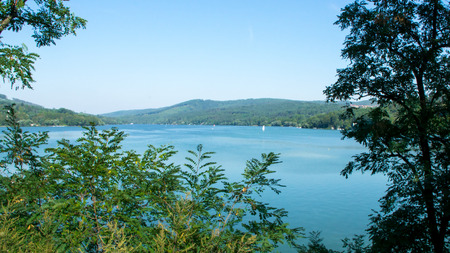 Overview of the reservoir - panorama