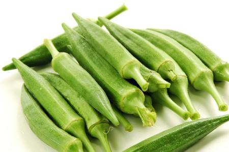 Gombo (Makuea Sawanh) est à la vapeur et mangé un légume ou utilisé dans sautés.