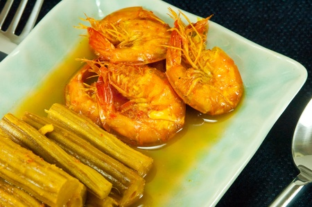 Hot and sour curry form drumstick tree and prawn Stock Photo - 11145529
