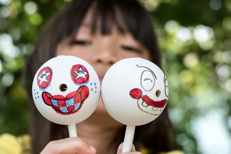 fille et foulard marionnettes tête Banque d'images