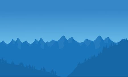 青い背景を持つ多くの山の景色